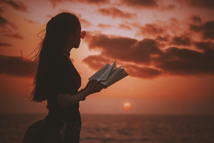 英語 絵本 読み聞かせの方法とコツを紹介