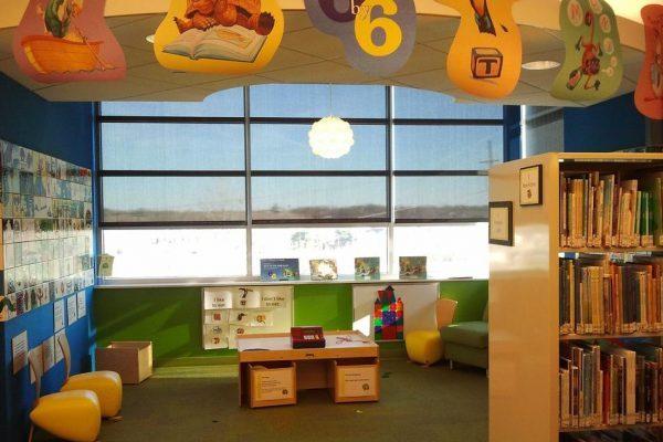 図書館の子どもコーナー